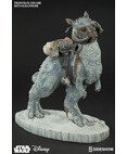 Sideshow Tauntaun Deluxe 1/6 Scale
